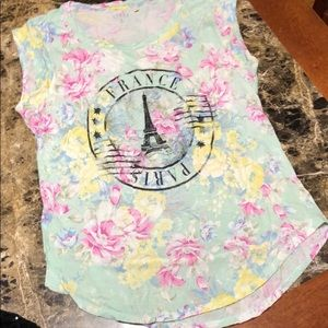 Guess Brand Floral Paris tee